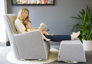 how-to-choose-the-best-nursery-glider